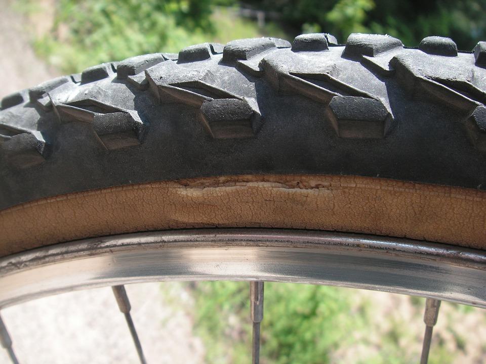 タイヤは必ずパンクする!